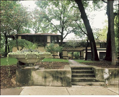 Frank Lloyd Wright : The Avery and Queene Coonley House